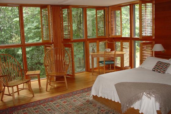 Middleton Inn woods view room