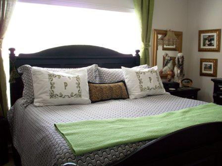 02. King Bed Apt
