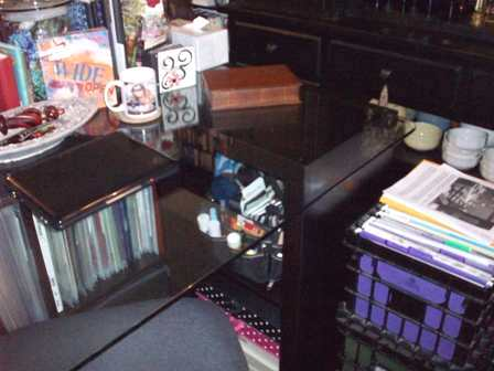 20. Right Side Desk