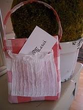 05. gift floradora