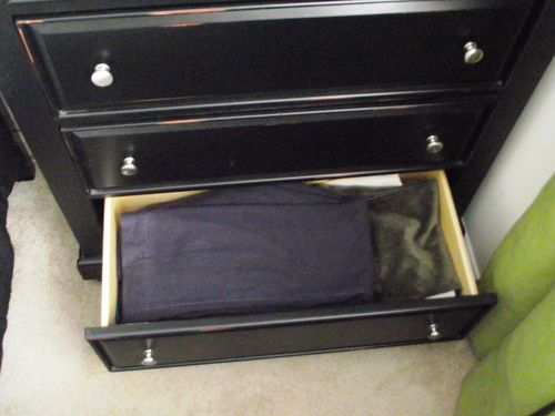 07. Bottom Drawer