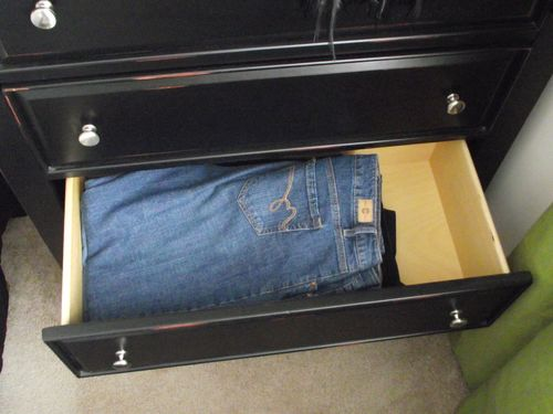 08. Jeans Drawer