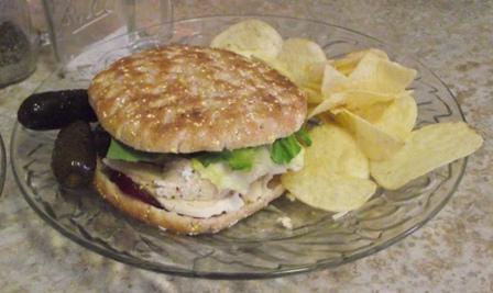 09. Yum Chicken n'Cranberry Sandwiches
