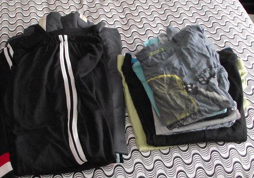 03. Sweat Pants & T's