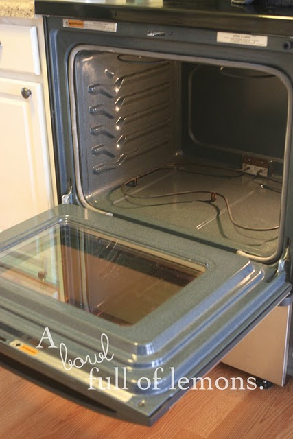 01. Toni's Clean Oven
