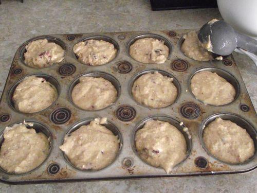 09. Don't look at my pan