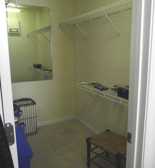 01. BEFORE Empty Closet