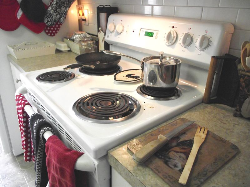 12. Stove Before