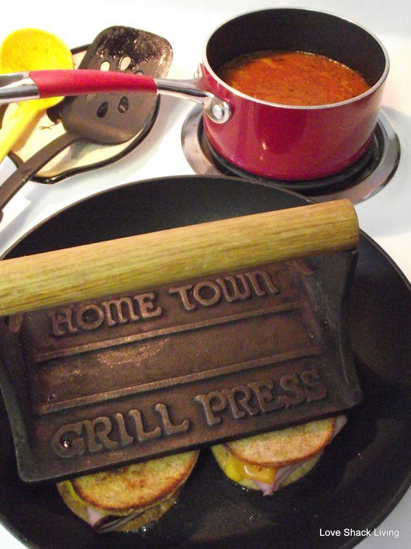 06. Grill Press