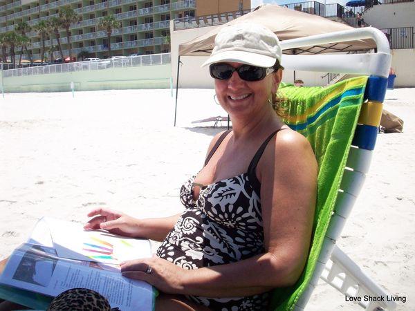 Bobbi Coloring Beach
