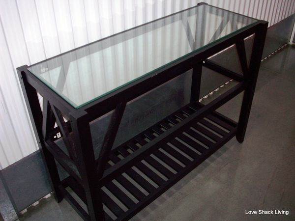 04. Blk n'Glass Console