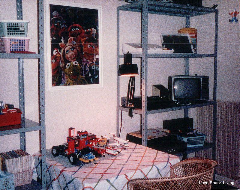 08. Mitchell's b'room Italy